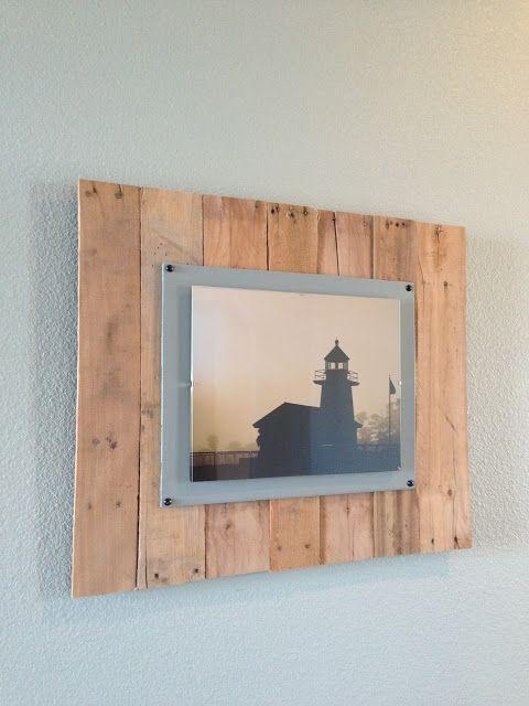 DIY Wood Pallet Picture Frames   Decoración de unas, Torno ...