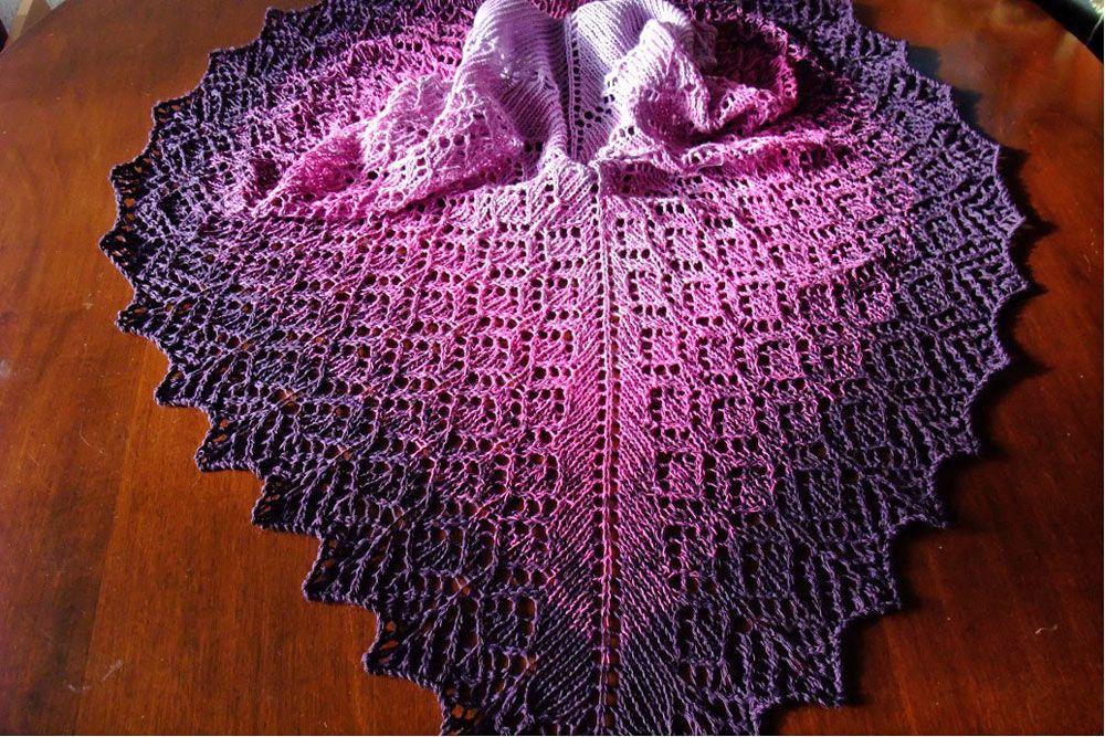 ▷ Anleitung: Tuch Lavendelreigen von Monika Theile | sockshype.com