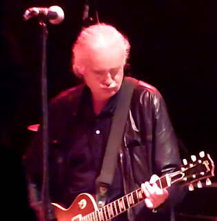 Lemon Squeezings: Led Zeppelin News: Jimmy Page coming out of retirement; guitarist makes 2nd onstage visit as Web countdown ends