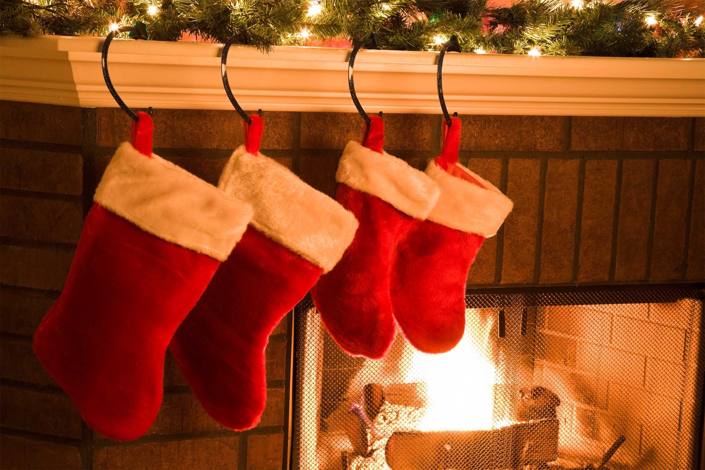 The History Behind Favorite Christmas Traditions - Readers Digest