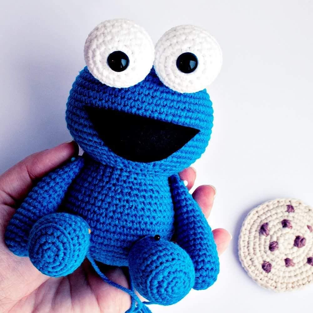 """728 Likes, 6 Comments - Irina (@bluerabbit_crochet) on Instagram: """"I lve this guy! Crochet pattern is available in my Etsy store. Link in bio ⬆⬆⬆ Pattern languages…"""""""