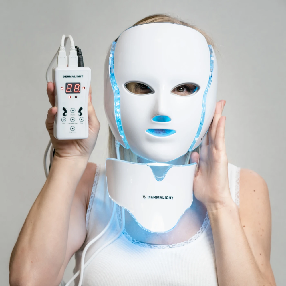 Dermalight In 2020 Led Light Therapy Mask Light Therapy Mask Led Light Therapy