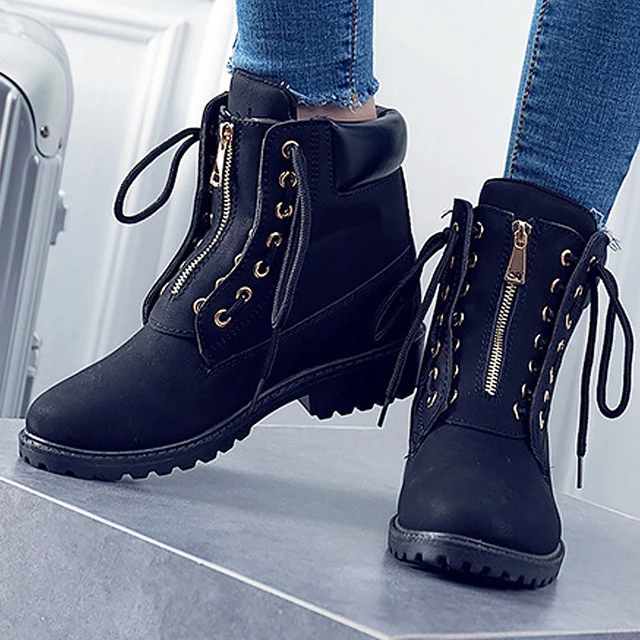 quality leather Cross-tied ankle boots