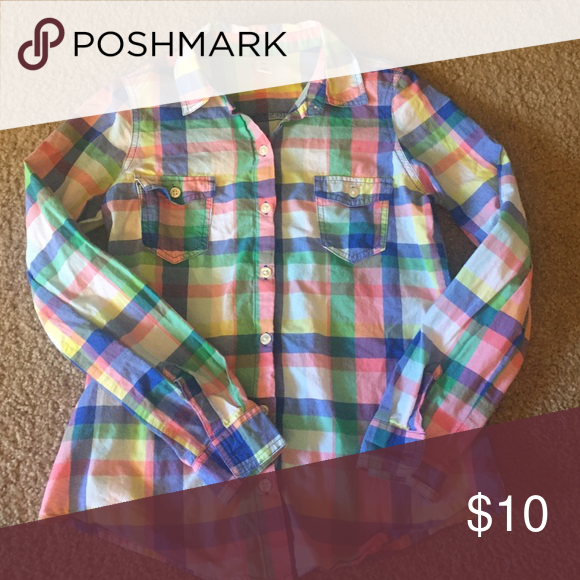 Multicolored plaid shirt Button down plaid shirt. 100% cotton Old Navy Tops Button Down Shirts