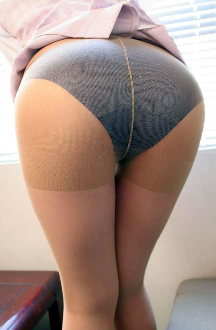 Asian pantie and pantie hose
