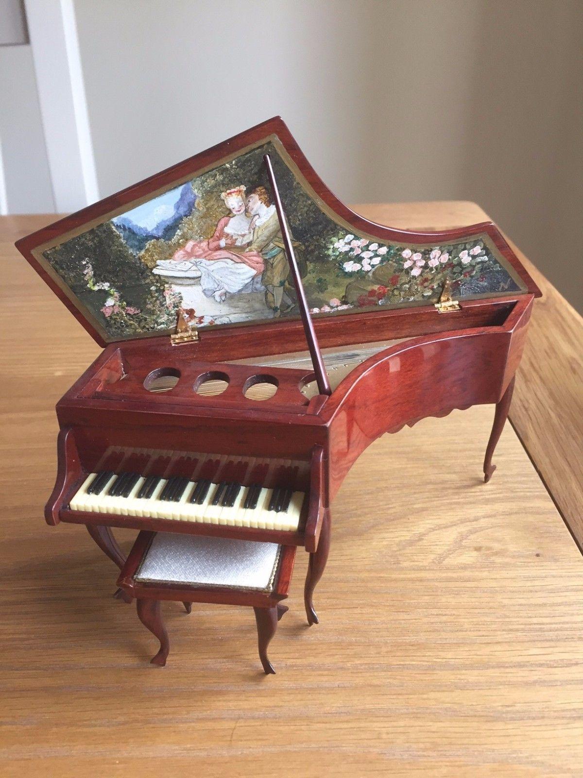 Miniatures Craftsman Cheryl Van Der