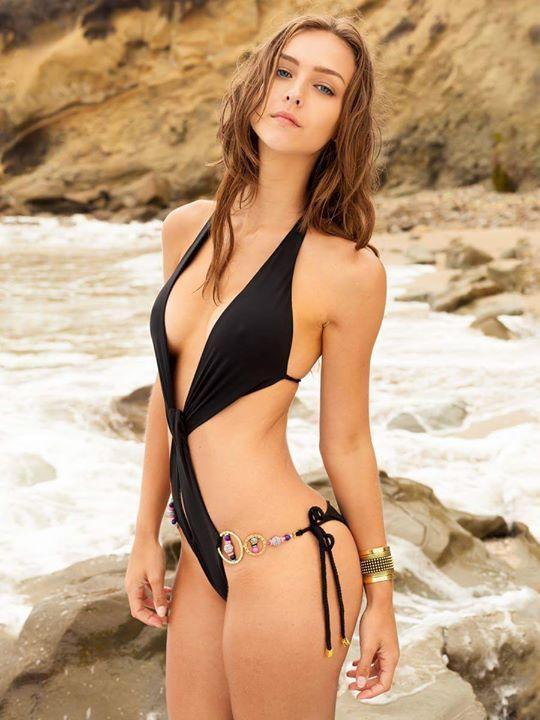 Busty premier model anna