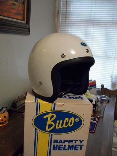 Nos New 1970 Rare New Vintage Buco White Motorcycle Helmet Ebay White Motorcycle Helmet Helmet Motorcycle Helmets