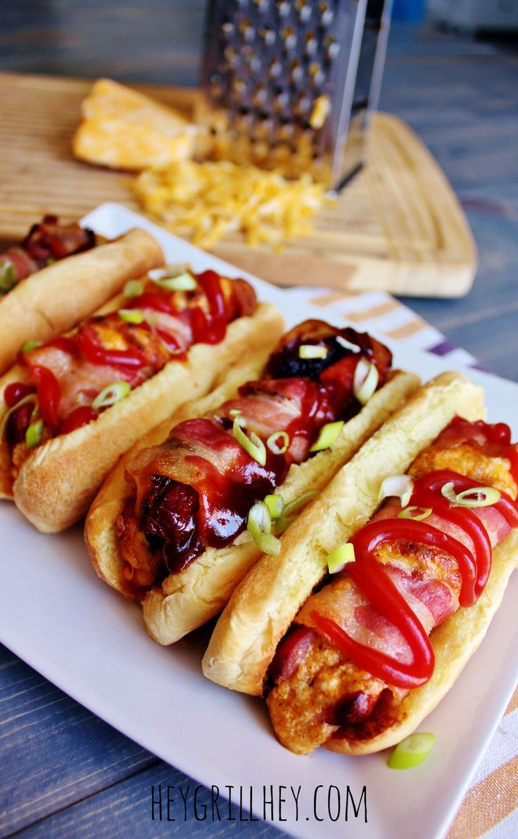 5 recipes for the best stuffed hot dogs ever! comida