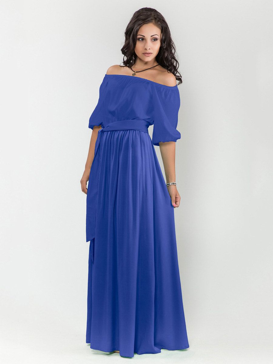 bridesmaid dresses in royal blue quilt