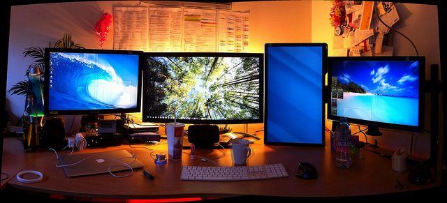 12 Amazing Web Development Workstations Desk Setup Workstation Design