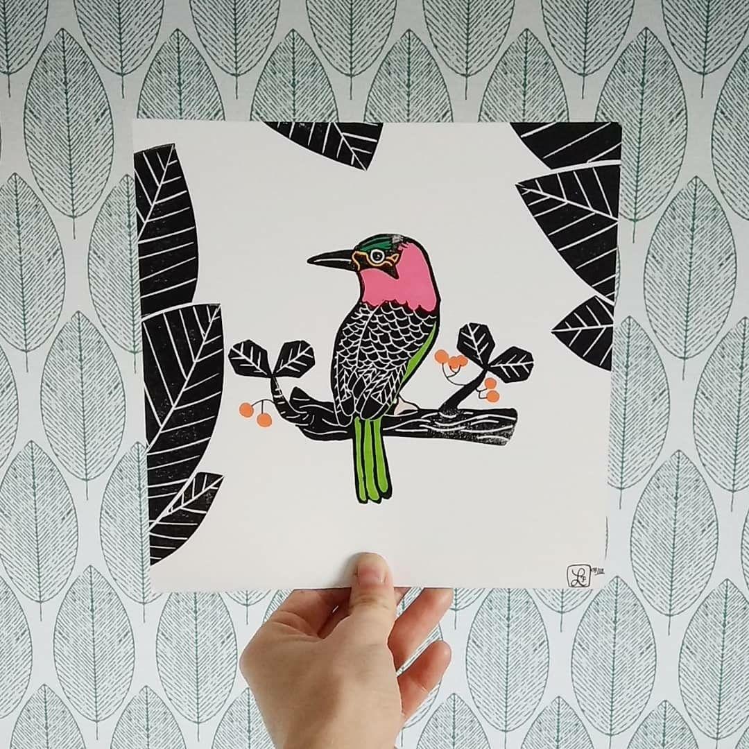 Linogravure Oiseau Et Feuilles A L Encre Noire Et Feutre Posca
