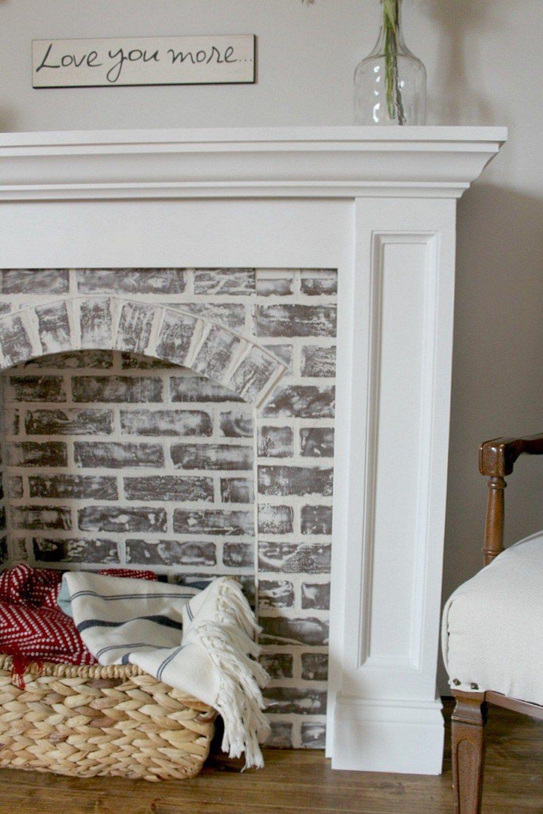 14 brilliant diy faux fireplace design ideas house. Black Bedroom Furniture Sets. Home Design Ideas