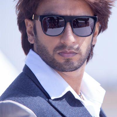 Bollywood Actor Ranveer Singh Hd Wallpaper Funtweakcom Funtweak