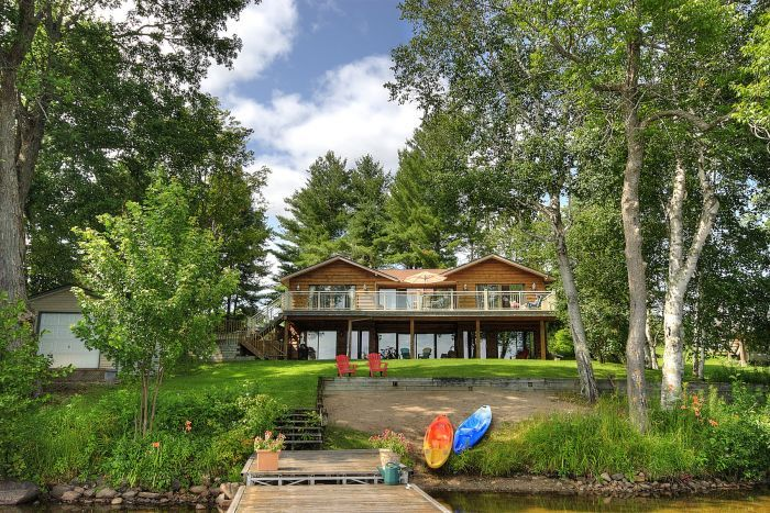 Sold beautiful peninsula lake cottage for sale in for Beautiful cottages pictures