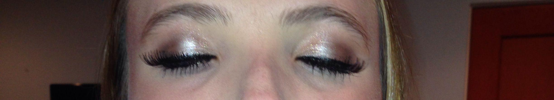 Lauren Hekman  did her makeup for her homecoming