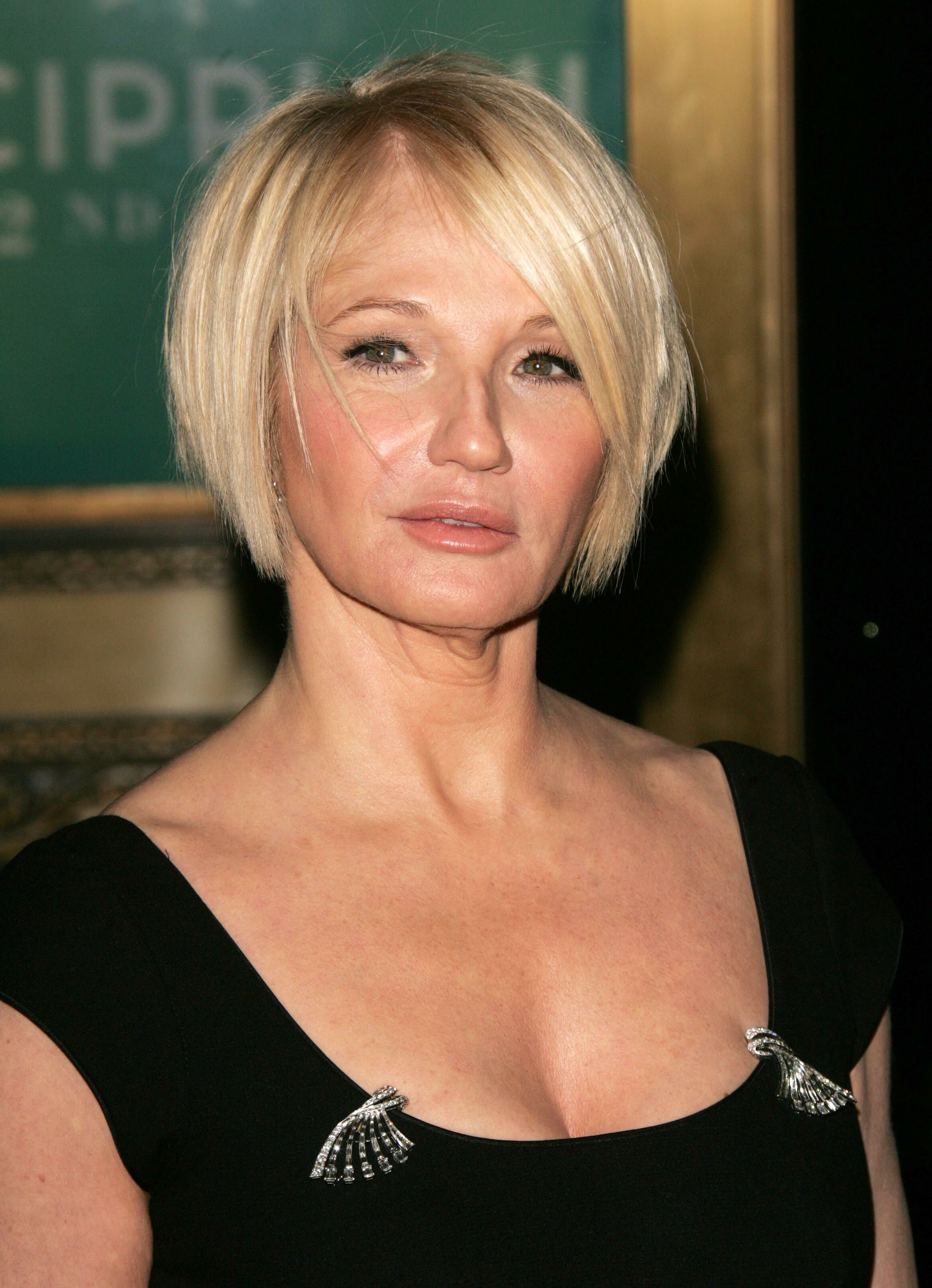 Ellen Barkin Mrs Robinsonelena This Is Who I Picture While