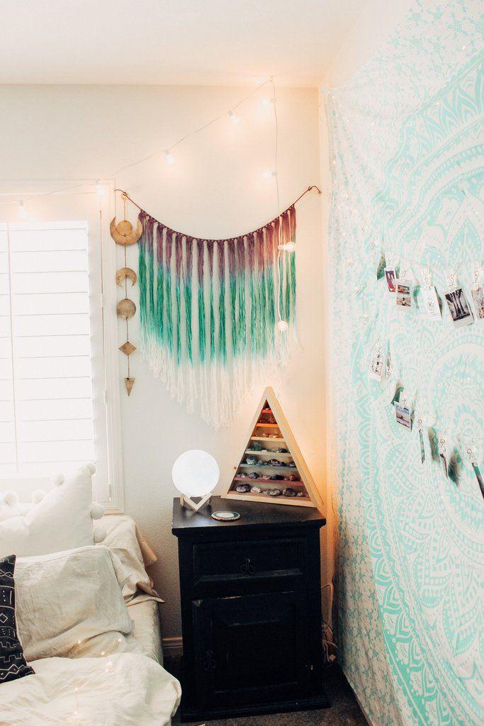 Eclipse Wall Hanging Lady Scorpio ♏︎ Pink Pillows