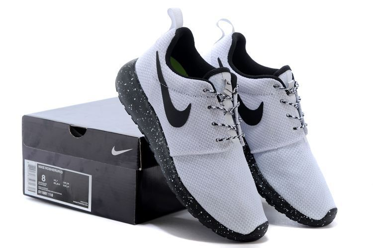 Womens Nike Roshe Run Shoes White Black
