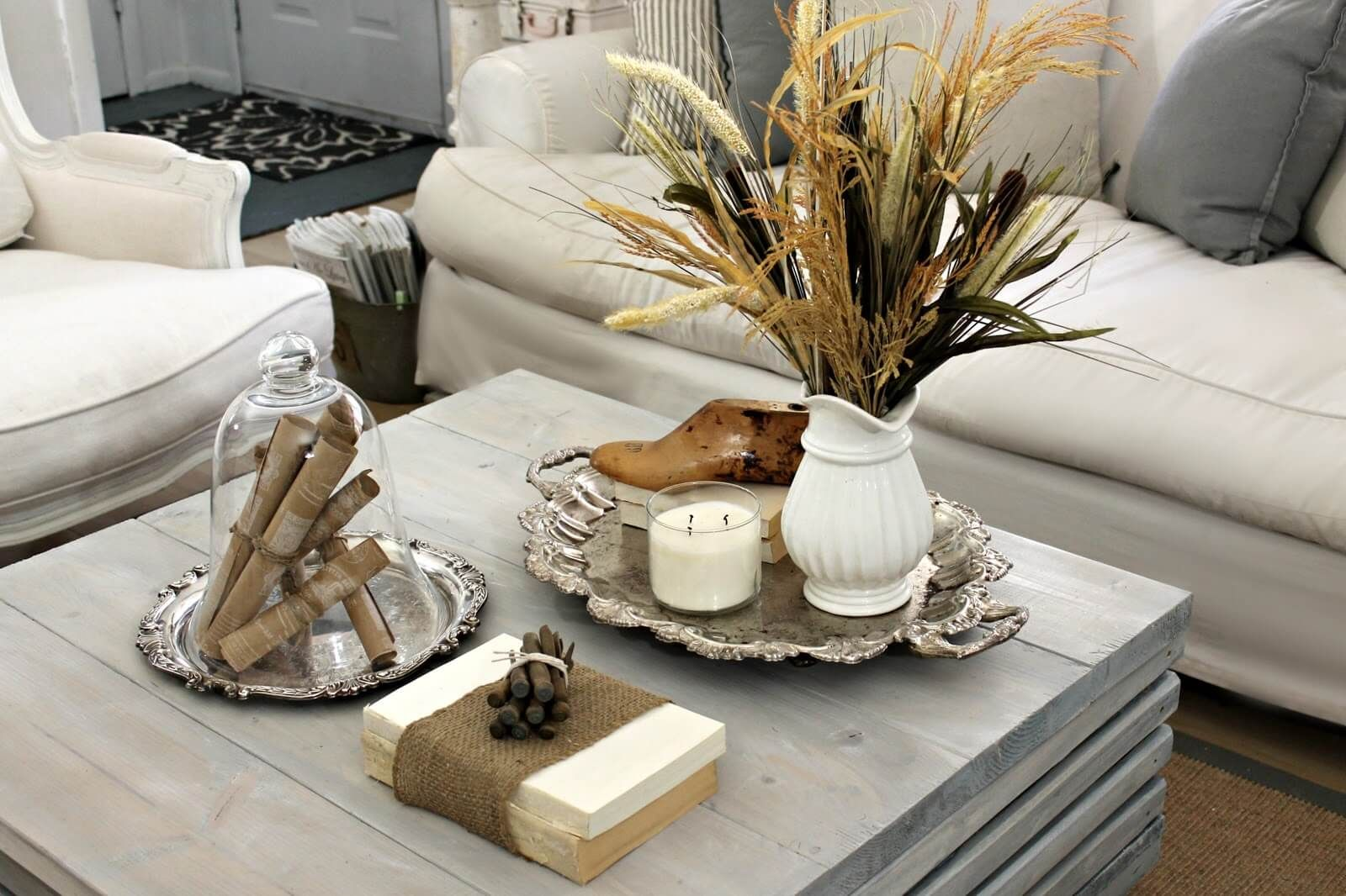 Coffee Table Decor Ideas Inspiration Driven By Decor Coffe Table Decor Coffee Table Decorating Coffee Tables [ 1350 x 900 Pixel ]