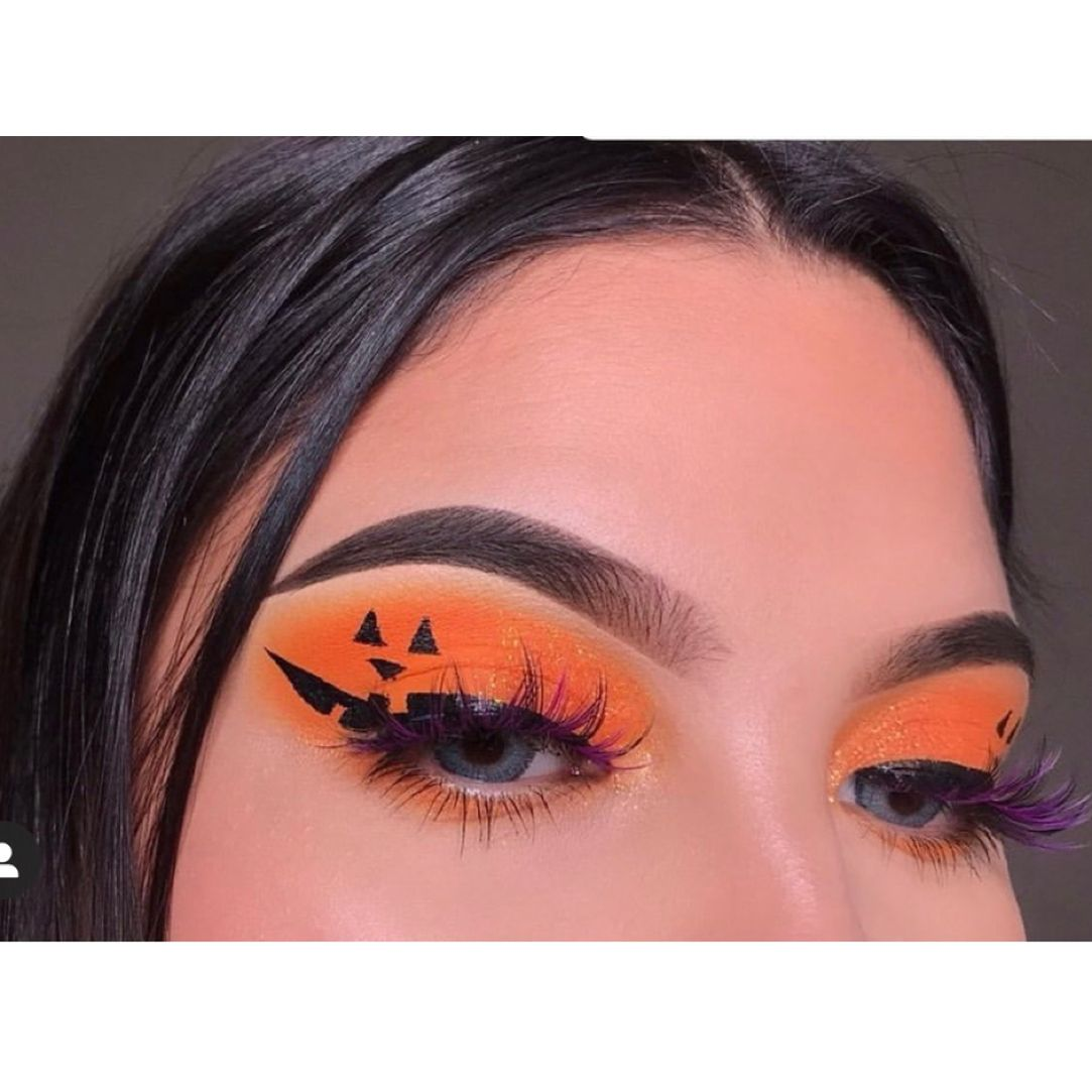 Cute Halloween Eye Makeup.19 Halloween Eye Akeup Ideas 2019 Halloween Eye Makeup Halloween Eyes Cute Halloween Makeup