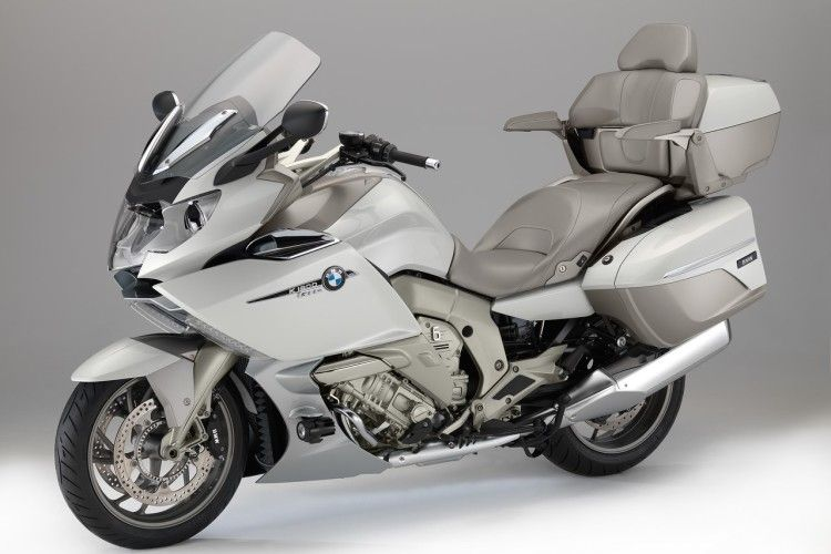 The New Bmw K 1600 Gtl Exclusive In 2020 Bmw Motorcycle Touring Bmw Motorcycles Bmw Motorrad