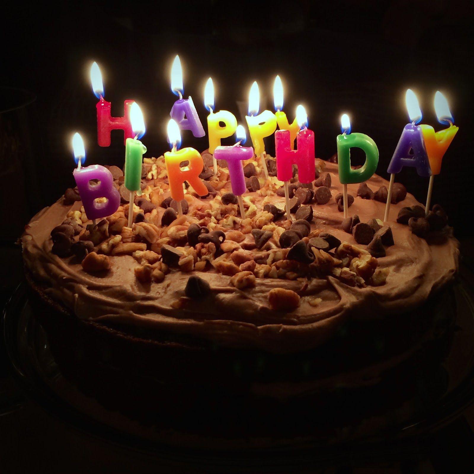 Tradition Jesus birthday cake, Singing happy birthday