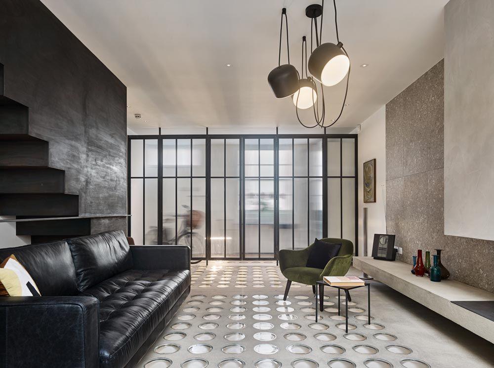 Binnenkijker Joanna Laajisto : Industrial interior design for georgian terrace house in belgravia