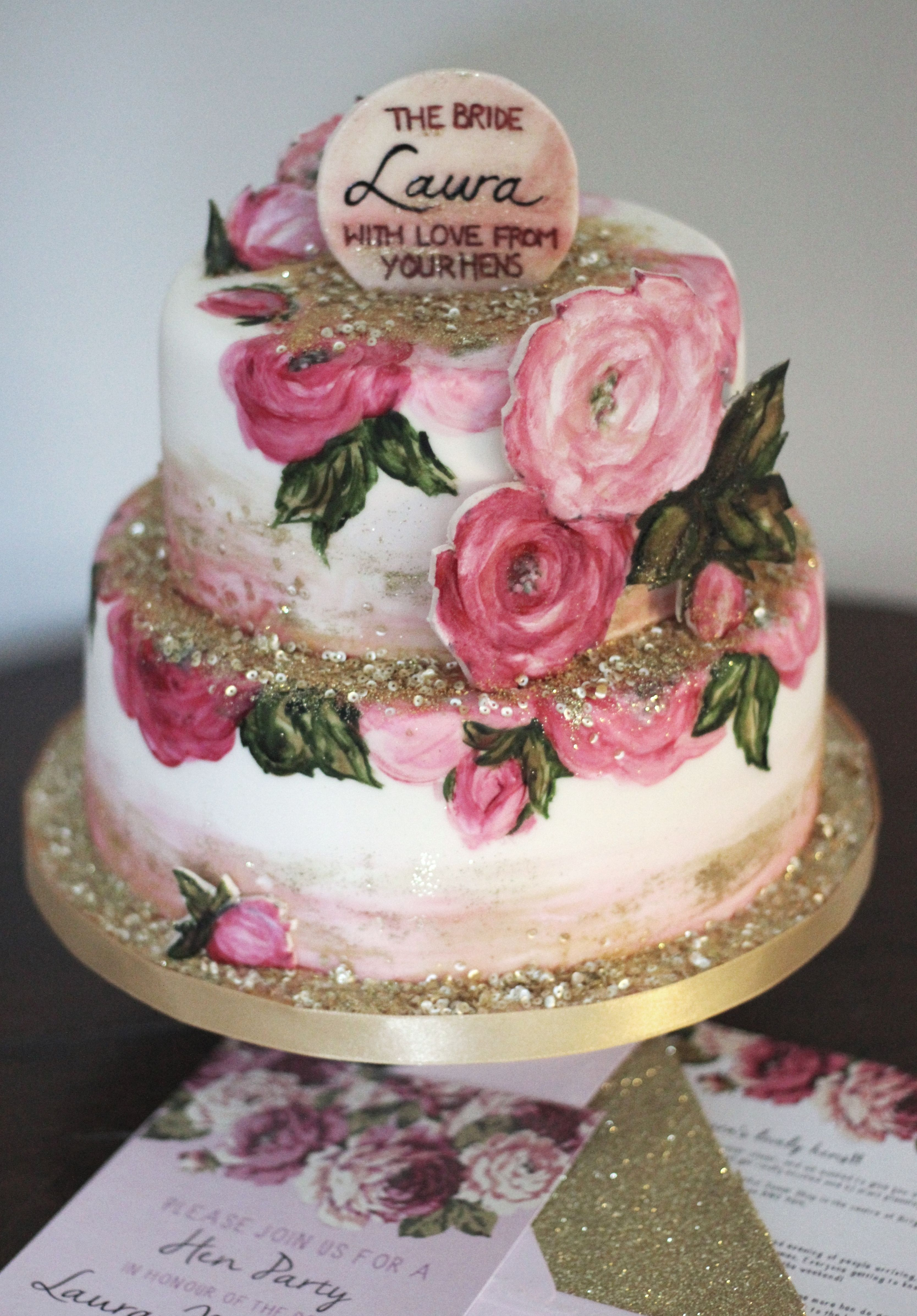 This weekends custom order hand painted roses and loads of edible sequins and glitter to match the hendo invites! #henmol #hendocake #paintedcake #thesugaredrose