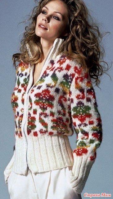 Всем Доброго дня!!! Яркие фольклорные мотивы сейчас модно использовать в одежде.