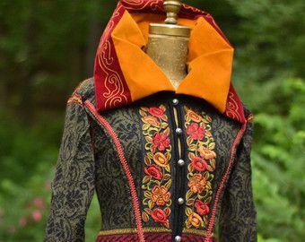 Lange Pullover Mantel mit überdimensionalen Kragen von amberstudios