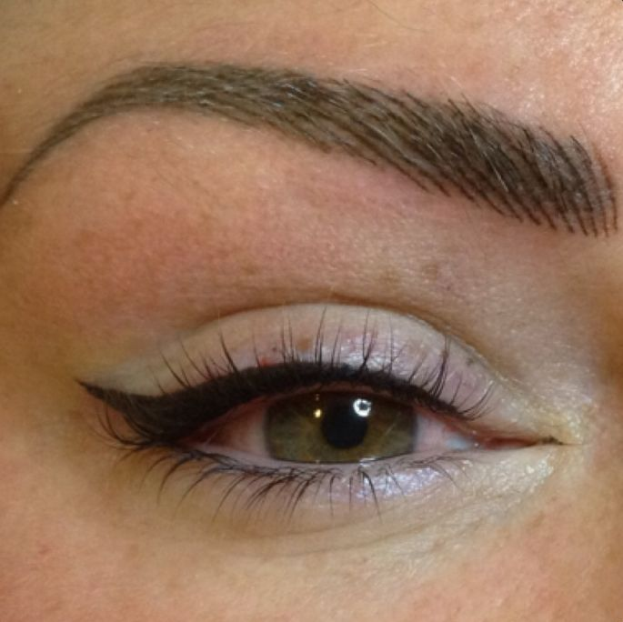 Semi-Permanent Eyeliner by Mary Spence at Million Dollar Brows. Cleint from Giffnock shows her exquisite new sem-permanent eyeline makeup, masterfully crafted by Mary at MDB