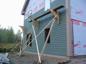 17 Improvised Scaffolding Cranes Amp Jacks Scaffolding