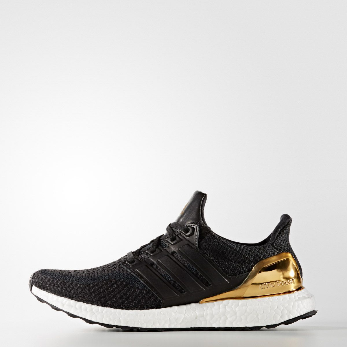 adidas Ultra Boost – Metallic Pack, #adidas #adidasboost #MetallicPack #sneaker #UltraBOOST #YeezyBOOST, #agpos, #sneaker, #sneakers, #sneakerhead, #solecollector, #sneakerfreaker, #nicekicks, #kicks, #kotd, #kicks4eva #kicks0l0gy, #kicksonfire, #womft, #walklikeus, #schuhe, #turnschuhe, #yeezy, #nike, #adidas, #puma, #asics, #newbalance #jordan, #airjordan, #kicks