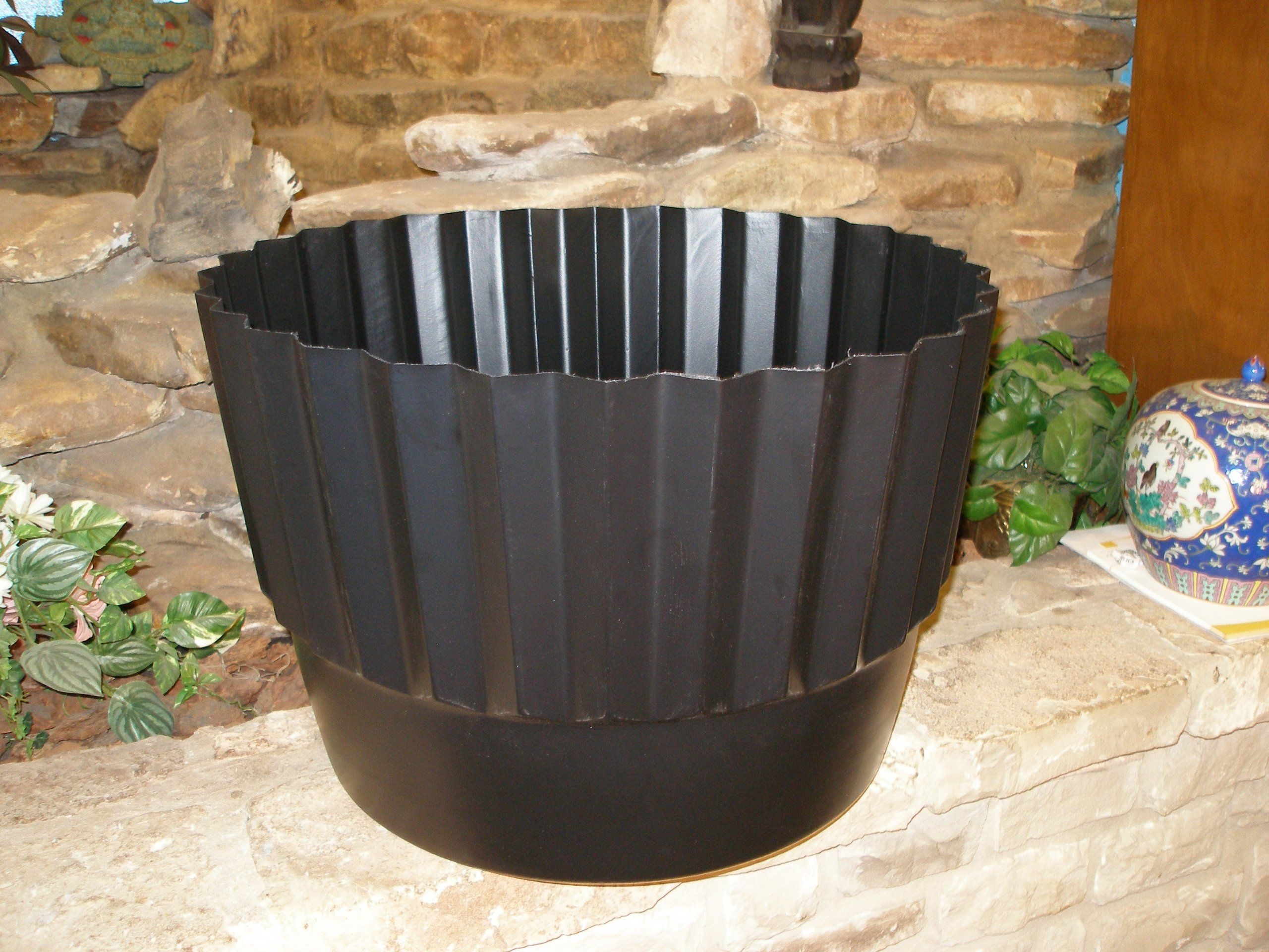 Planter Liners 181002 Lot Of 2 Henta Flex O Liners Protective Whiskey Barrel Liner Black Hdpe 23 Gal Whiskey Barrel Planter Barrel Planter Planter Liners