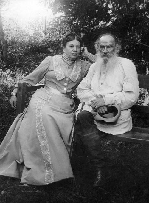 Leon Tolstoi Et Son Epouse Sophie Literature Art Russian Literature Rare Photos
