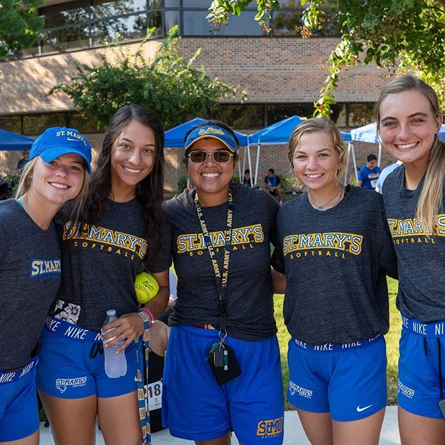 A Big Thank You To Everyone Who Helped Make This Year S Stmu 5k For The Neighborhood Such A Fun Success Runwithpurpose Athlete Softball Women