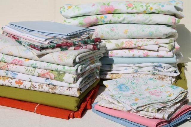 Lovely Vintage Bed Sheets | Vintage Bedding Lot, Retro Print Bed Sheets U0026  Pillowcases, Cotton .