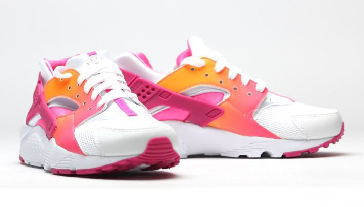 9ee056faab18 ... australia nike air huarache run gs vivid pink sole collector 01c15 7b205