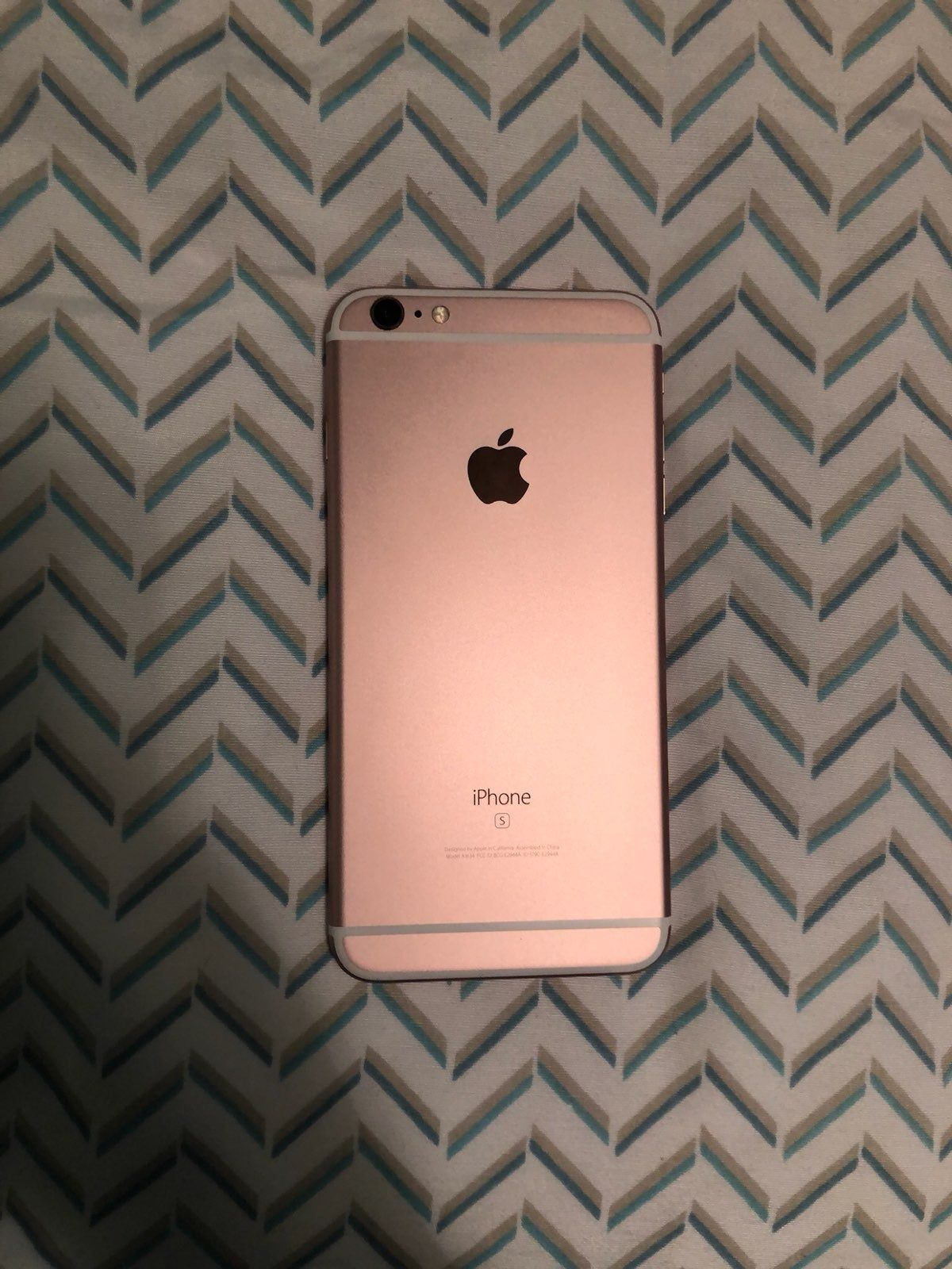 Rose Gold Iphone 6 Plus In Great Condition No Screen Cracks Rose Gold Iphone Gold Iphone 6 Plus Iphone