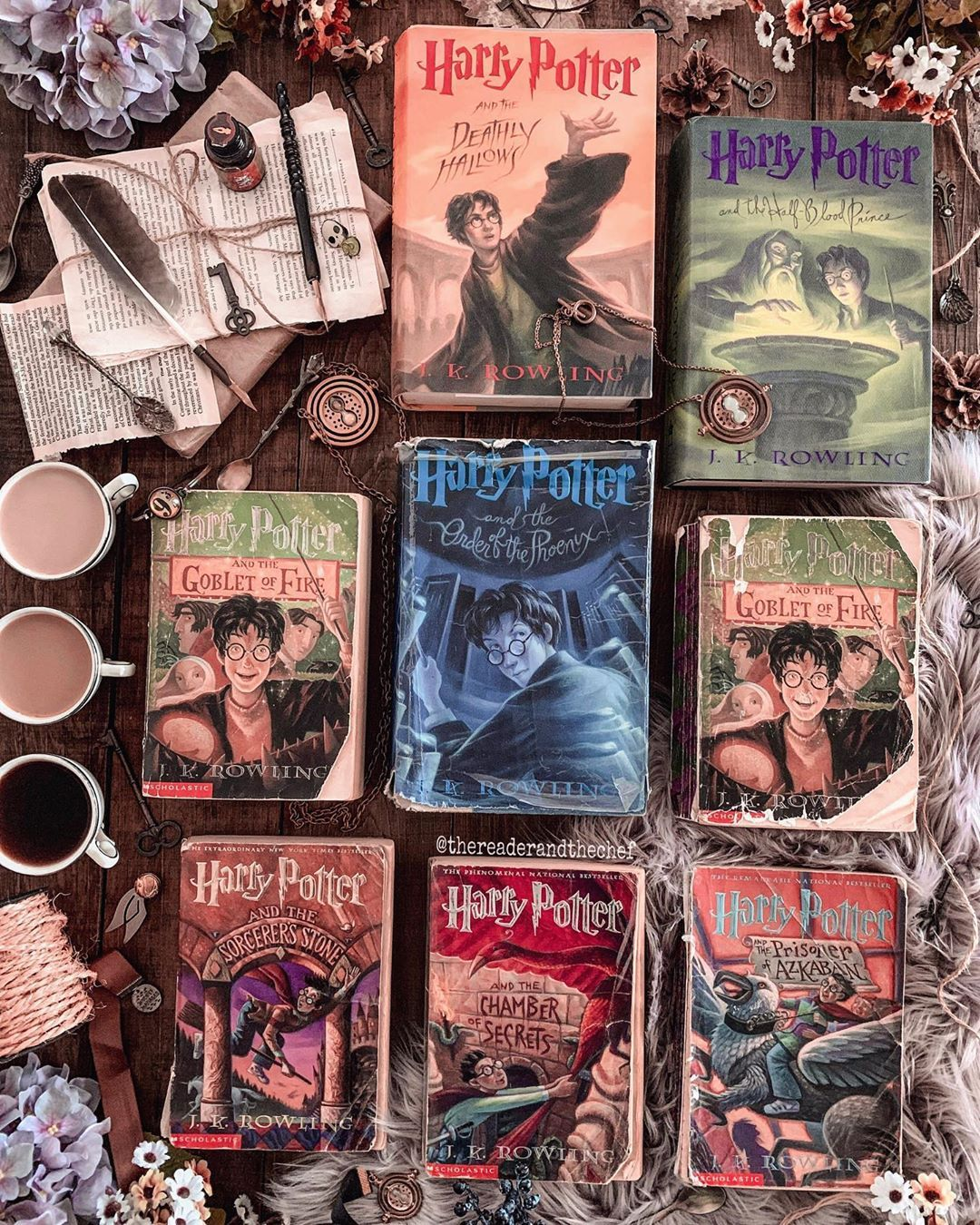 Our Old Harry Potter Books Harrypotter Potterheads Potterhead Hplove Bookis Harry Potter Illustrations Harry Potter Book Covers Harry Potter Books