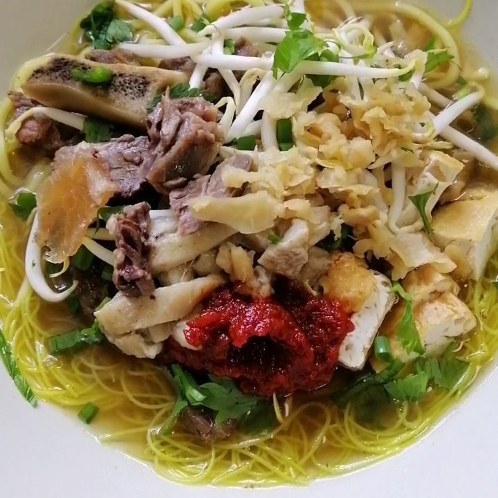 1 742 Vind Ik Leuks 31 Reacties Faraherda Op Instagram Mee Bihun Sup Tulang Ala Utara Dalam Video Saya Masak Untuk Traditional Food Food Noodles