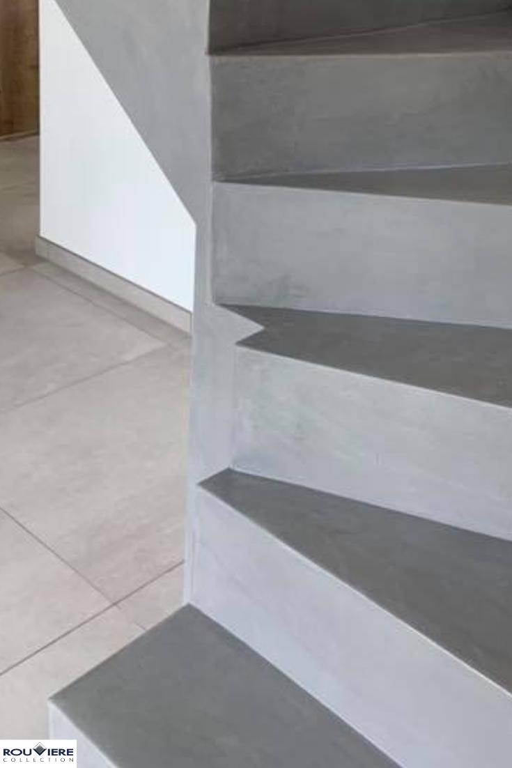 Escalier Tournant En Beton Cire Habiller Escalier Beton Escalier Beton Habiller Escalier