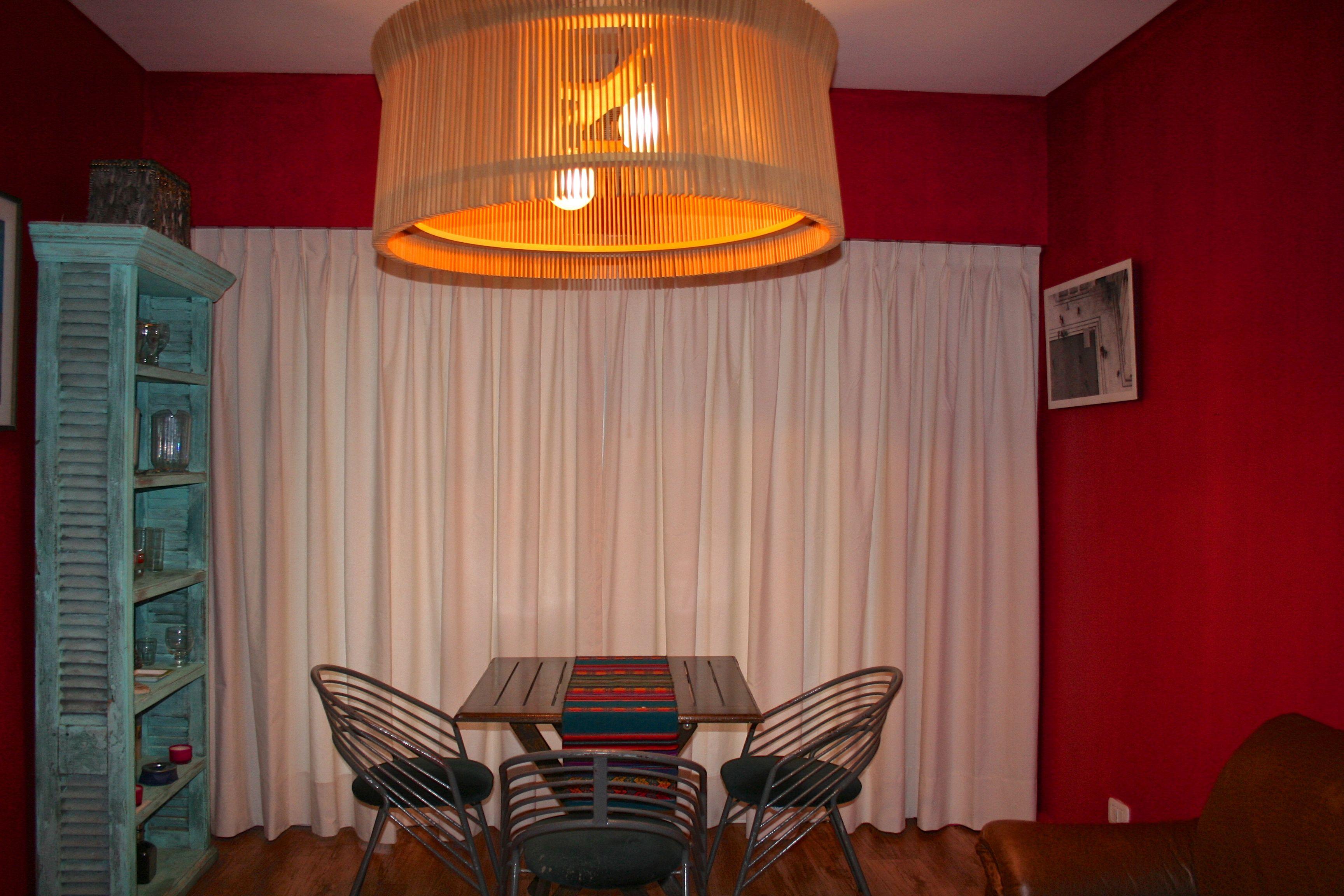 Cortina de panama color beige con frunce de 2 pellizcos y for Cortinas de comedor