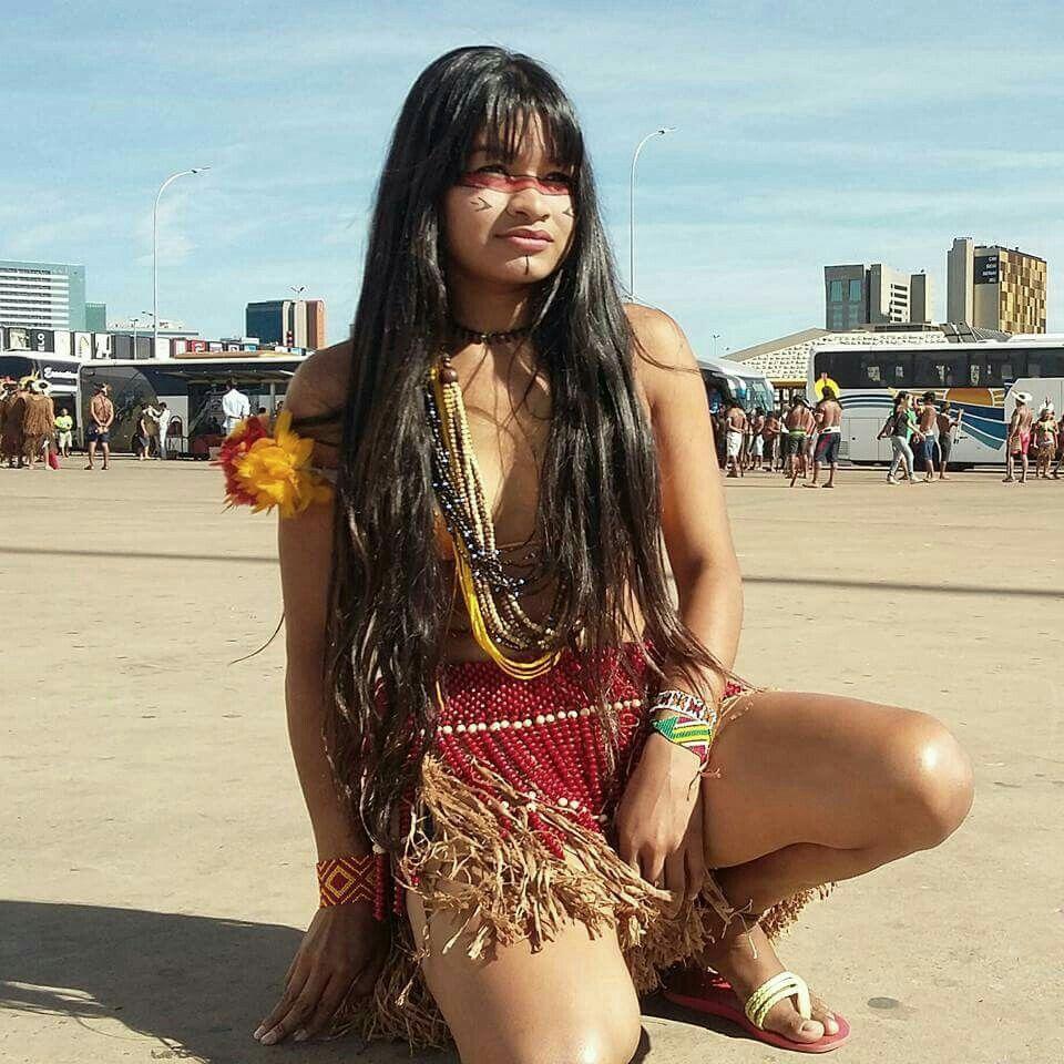 Nude asian teen model takes dick