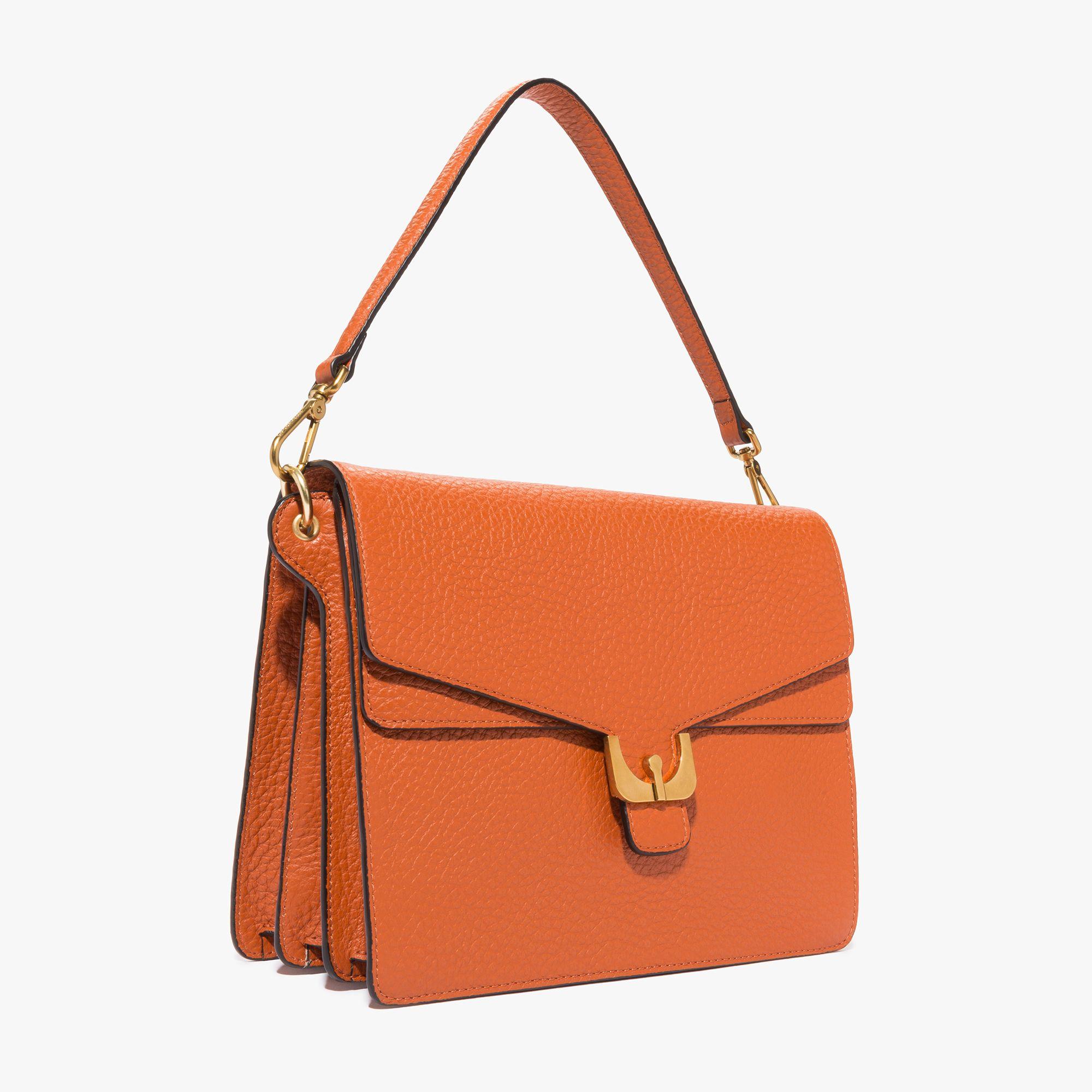 COCCINELLE | Coccinelle Bags | Leder und Taschen
