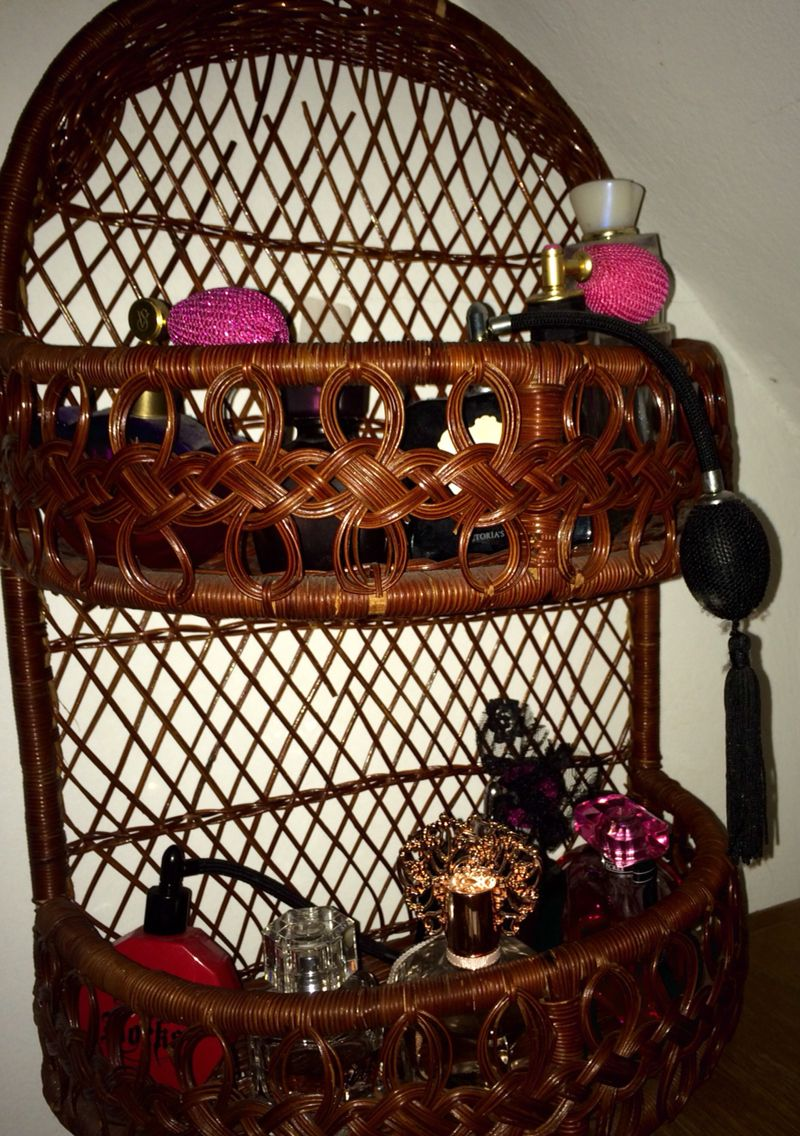 How I store all my perfume