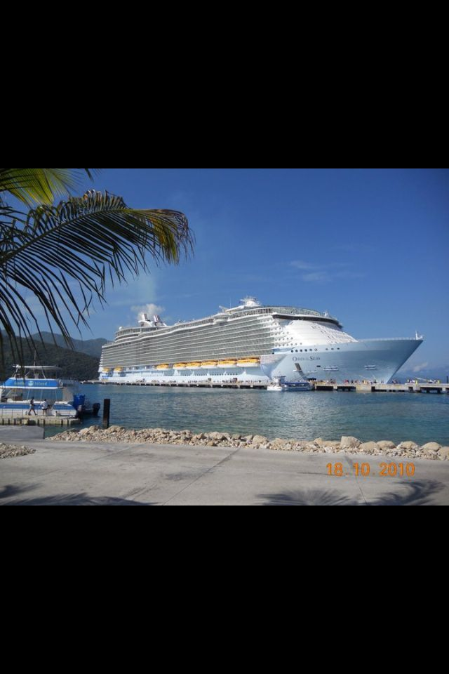 cruise on private ships pictures Girls