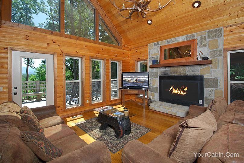 Unforgettable Property Not Found House Gatlinburg Cabins Bedroom
