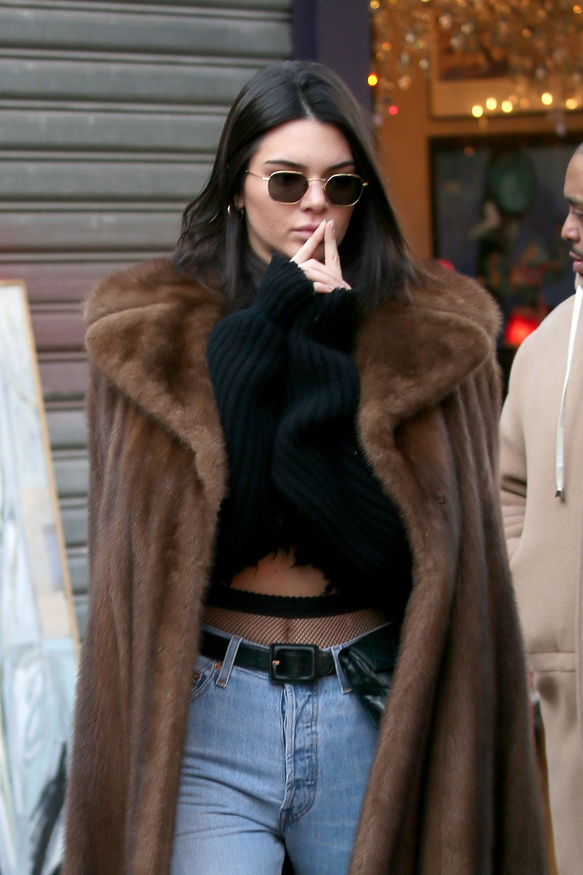 69030c7bedc0b6 Kendall Jenner's Denim Trick Will Take You Right Back to the '80s ...